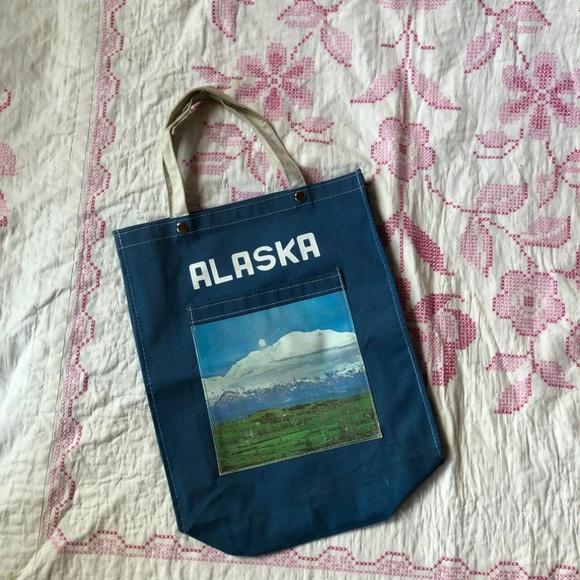 Vintage Handbags - True vintage Alaska tote bag